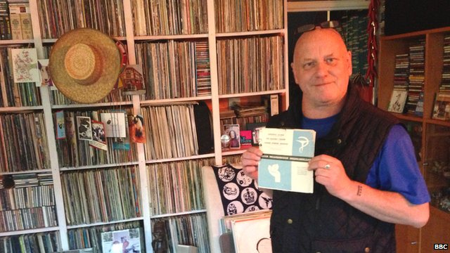 my-pride-is-my-reggae-collection-listen-to-the-orbs-alex-paterson-discuss-his-bob-marley-7s