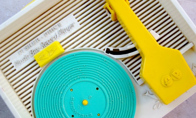 childs-play-canadian-band-release-new-single-to-be-played-exclusively-on-a-fisher-price-record-player