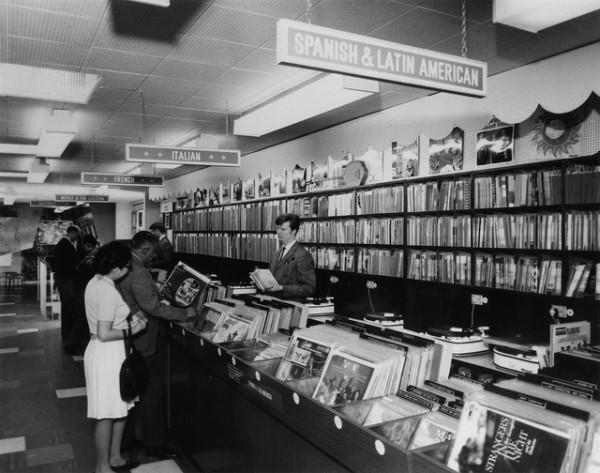 A Visual History Of Hmv On Oxford Street The Vinyl Factory