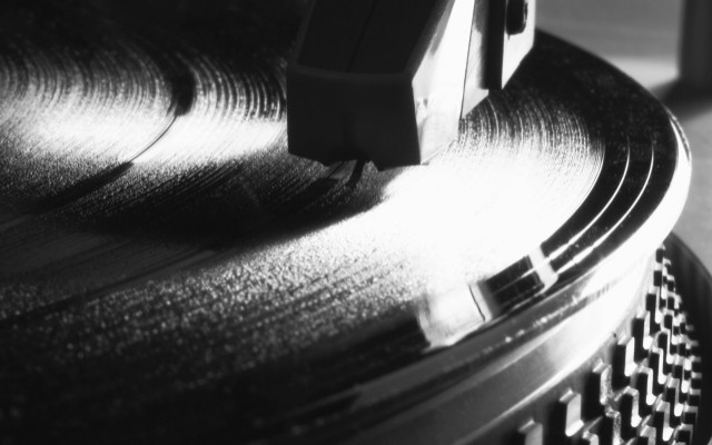 europes-biggest-counterfeit-record-pressing-plant-raided-by-police-in-germany