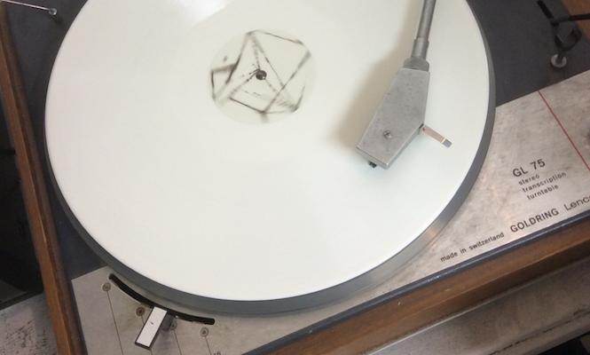 radioheads-thom-yorke-shares-cryptic-image-on-new-vinyl-record