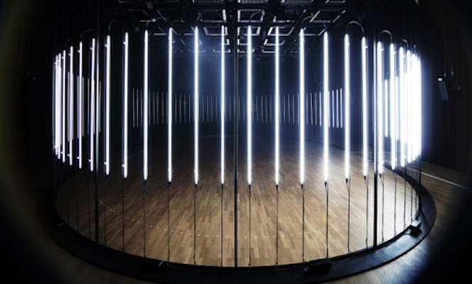raster-noton-white-circle-installation-halle-am-berghain