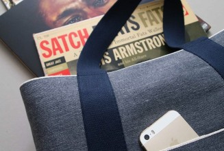 This casual record bag is hand made with Japanese denim