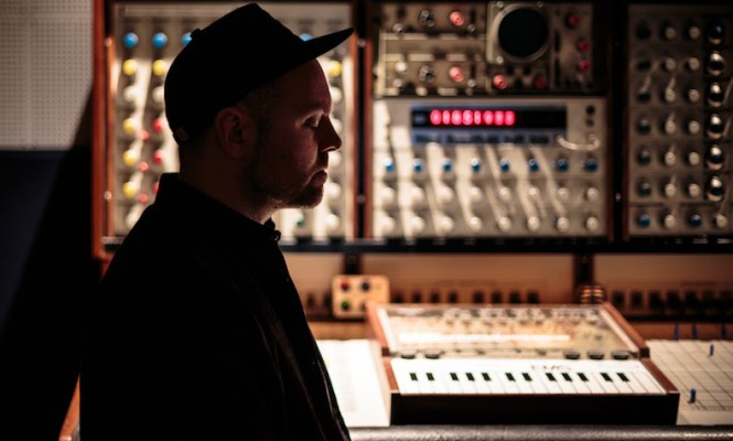 dj-shadow-new-album-the-mountain-will-fall-double-vinyl