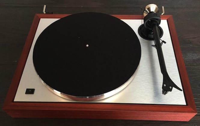 pro ject unveils new classic turntable for 25th anniversary. Black Bedroom Furniture Sets. Home Design Ideas