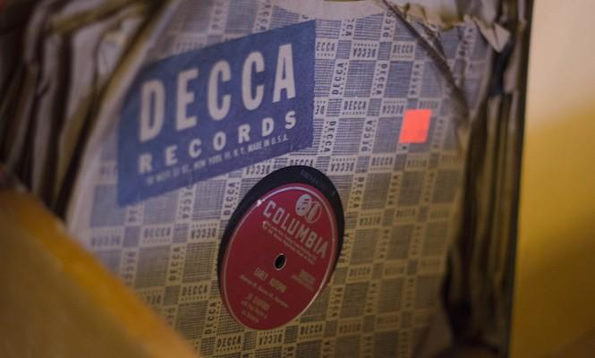 star-boot-sale-vinyl