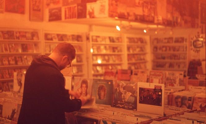 vinyl-sales-youtube-uk