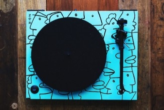 Artist Thierry Noir hand-paints 7 limited edition turntables
