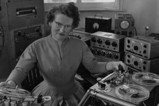 The original turntablist – Daphne Oram by Shiva Feshareki