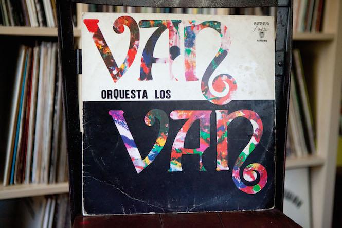 Sleeve design: Hipolito Cabrera. Los Van Van - Self-Titled