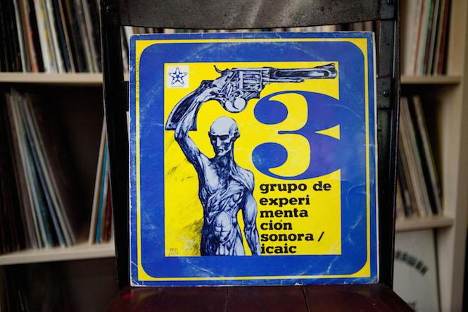 Sleeve design: Pablo Labñino, Drawing: Posada. Grupo De Experimentación Sonora Del I.C.A.I.C. - 3