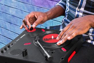 Numark unveils new portable Scratch Turntable