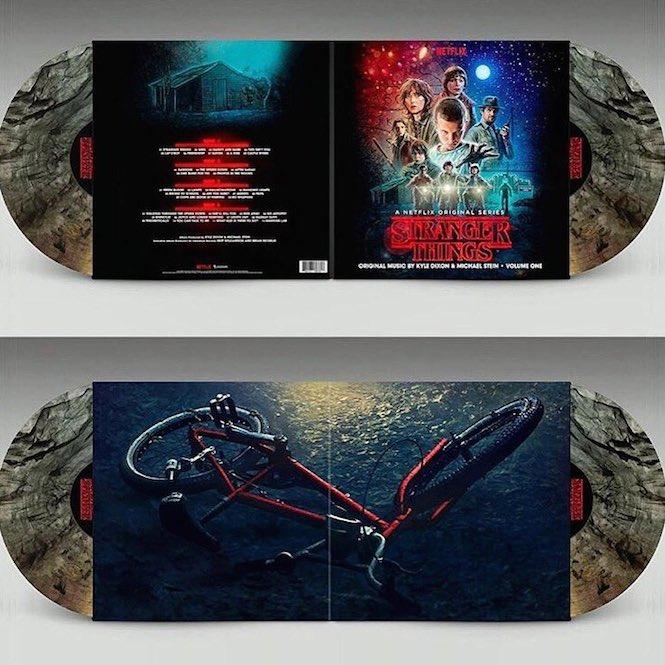 stranger-things-soundtrack-vinyl-limited-edition-box-set