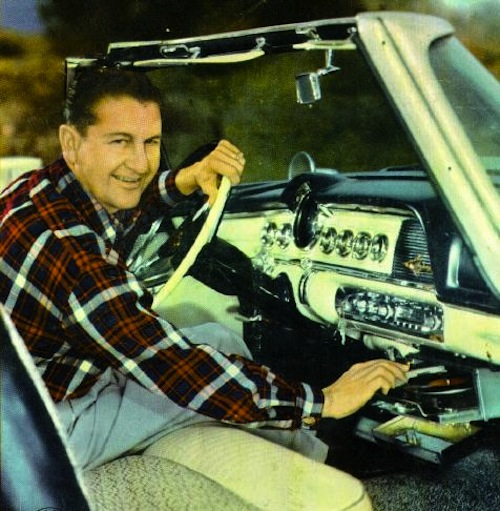 Amazing Photos Of A Time When Cars Had Vinyl Record
