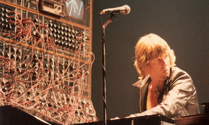 The 14 Synthesizers That Shaped Modern Music The Vinyl