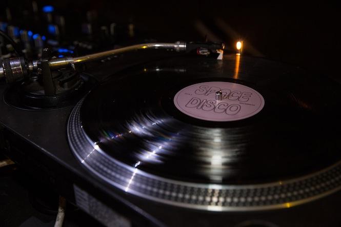 dinos_chapman_launch_vinyl1