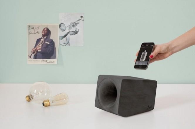 speaker2-968x642