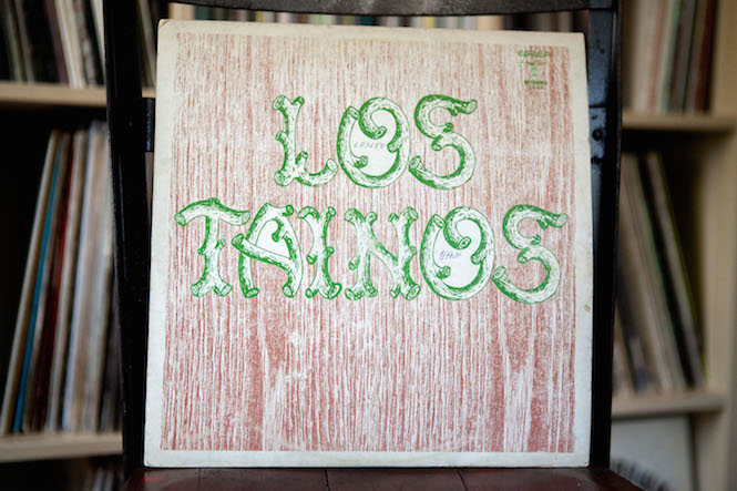 Sleeve design: Noelvis Díaz. Los Tainos - Self-Titled